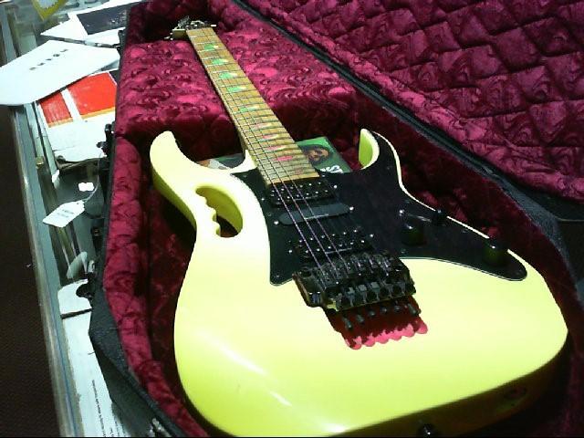 IBANEZ Electric Guitar JEM STEVE VIA PYRAMID 1990??