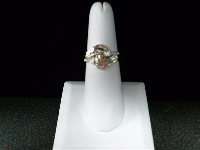 Lady's Diamond Cluster Ring 32 Diamonds .32 Carat T.W. 10K Yellow Gold 3.9g
