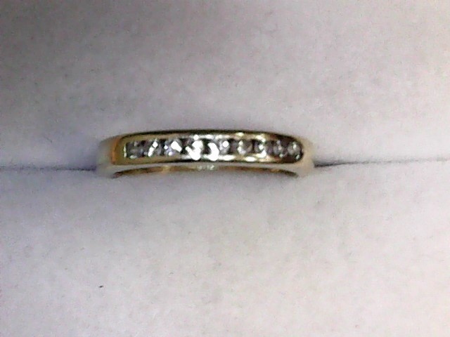 Lady's Diamond Wedding Band 9 Diamonds .27 Carat T.W. 14K Yellow Gold 2.4dwt