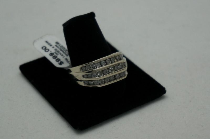 Gent's Diamond Cluster Ring 33 Diamonds .99 Carat T.W. 14K White Gold 4.6dwt