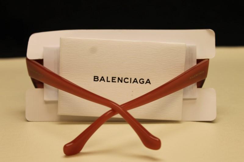 BALENCIAGA Sunglasses BA 16