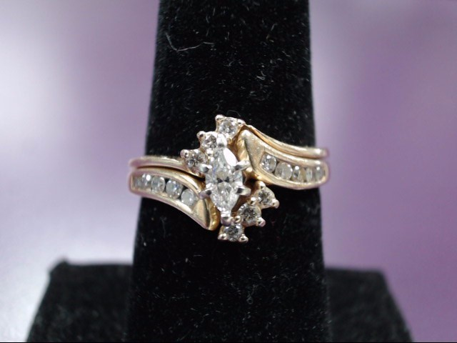 Lady's Diamond Wedding Set 17 Diamonds .41 Carat T.W. 14K Yellow Gold 5.3g