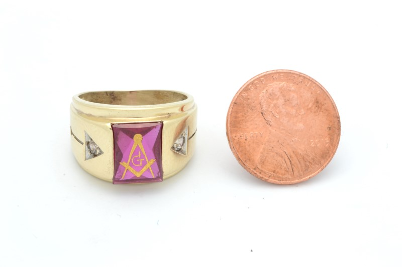 ESTATE MASONIC RING SOLID 10K YELLOW GOLD RED STONE MENS FINE SIZE 7