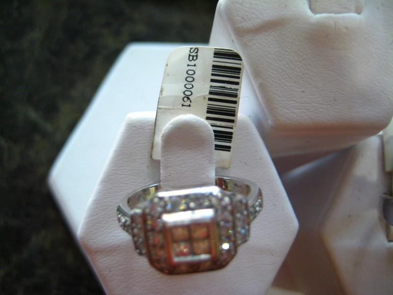 Lady's Gold-Diamond Anniversary Ring 0.01 CT. 14K White Gold 4.4g