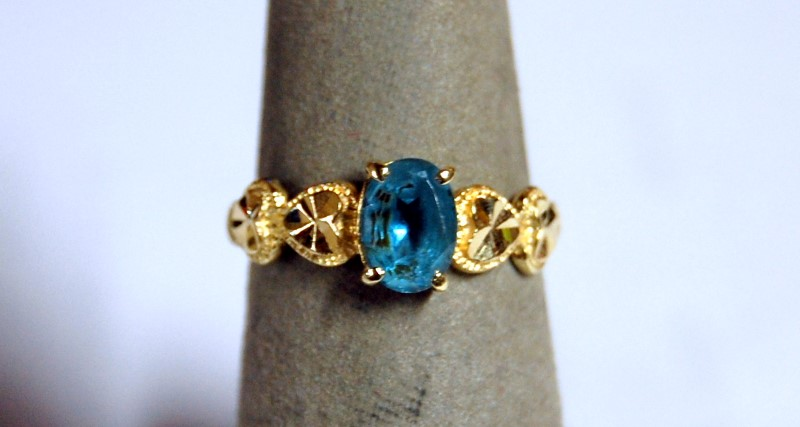 Lady's 14K Yellow Gold Synthetic Aquamarine Ring 1.9g 1.65CTW Size 5