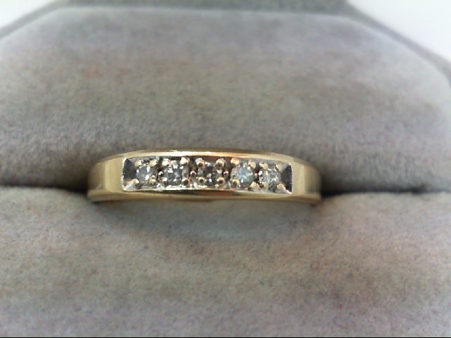 Gent's Gold-Diamond Wedding Band 5 Diamonds .15 Carat T.W. 14K Yellow Gold 2g