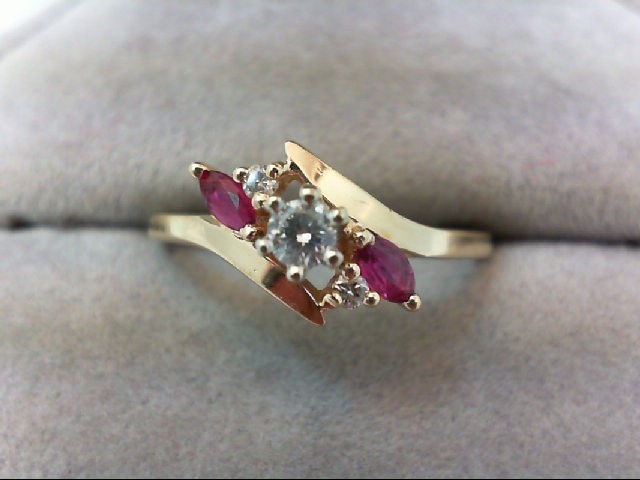 Ruby Lady's Stone & Diamond Ring 3 Diamonds 0.19 Carat T.W. 14K Yellow Gold 2.6g