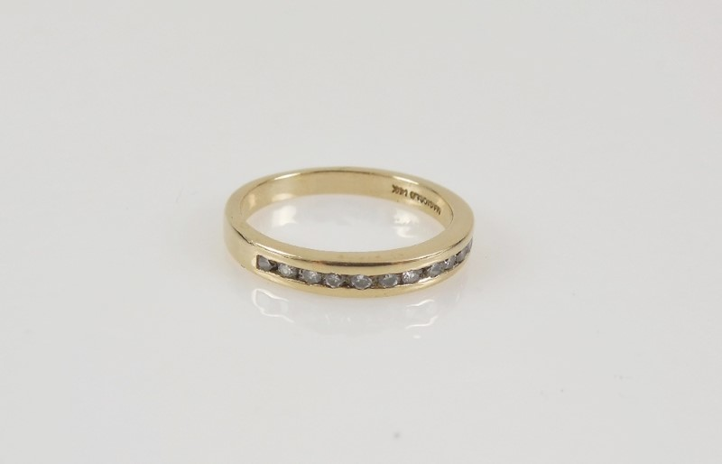 Lady's Gold-Diamond Anniversary Ring 12 Diamonds .24 Carat T.W. 14K Yellow Gold