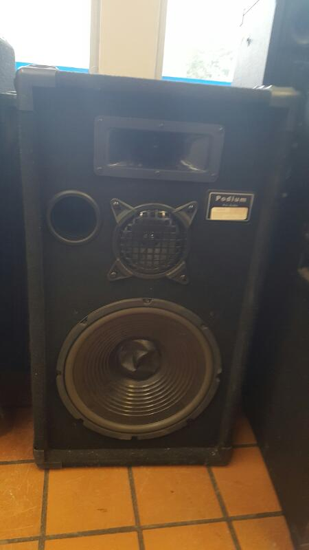"PODIUM PRO AUDIO Speakers/Subwoofer 12"" STUDIO MONITOR"
