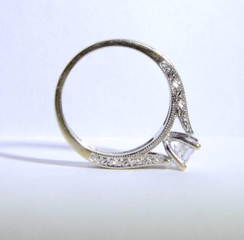 14K White Gold Cathedral Set Princess Diamond Engagement Ring w/ Leaves sz 6.75