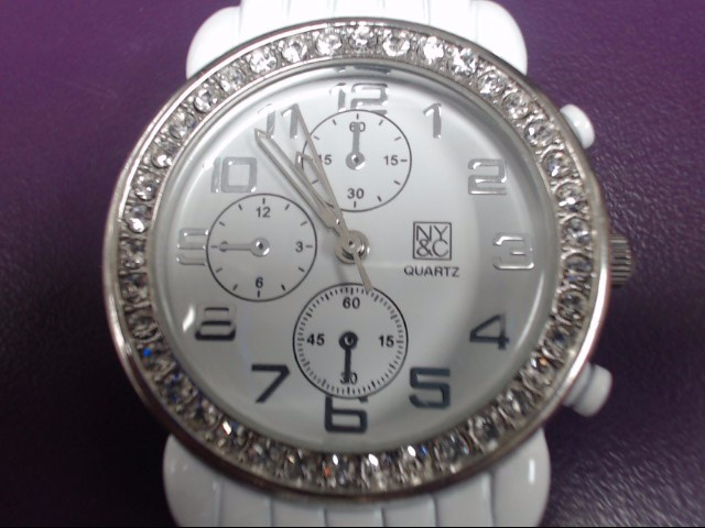NONE Lady's Wristwatch QUARTZ WATCH WHITE