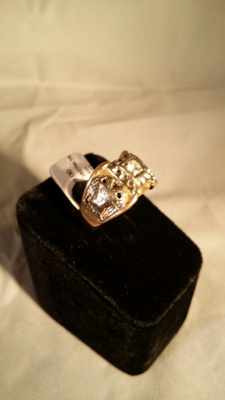Gent's Diamond Solitaire Ring .25 CT. 10K Yellow Gold 7.8g Size:10.5