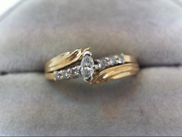 Lady's Diamond Wedding Set 7 Diamonds .22 Carat T.W. 14K Yellow Gold 4.1g