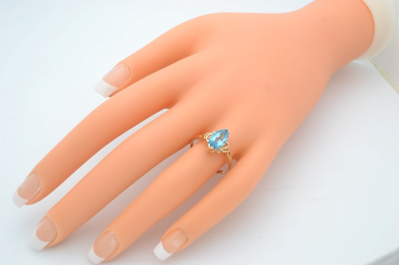 ESTATE BLUE TOPAZ DIAMOND RING SOLID 14K GOLD MARQUISE CUT SIZE 8.75