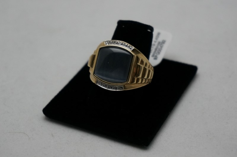 Gray Stone Gent's Stone & Diamond Ring 20 Diamonds .20 Carat T.W.