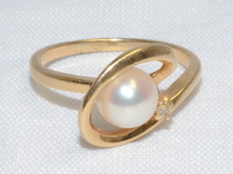 14K Yellow Gold Bypass Shank Unique Pearl & Diamond Accent Ring sz 6.75