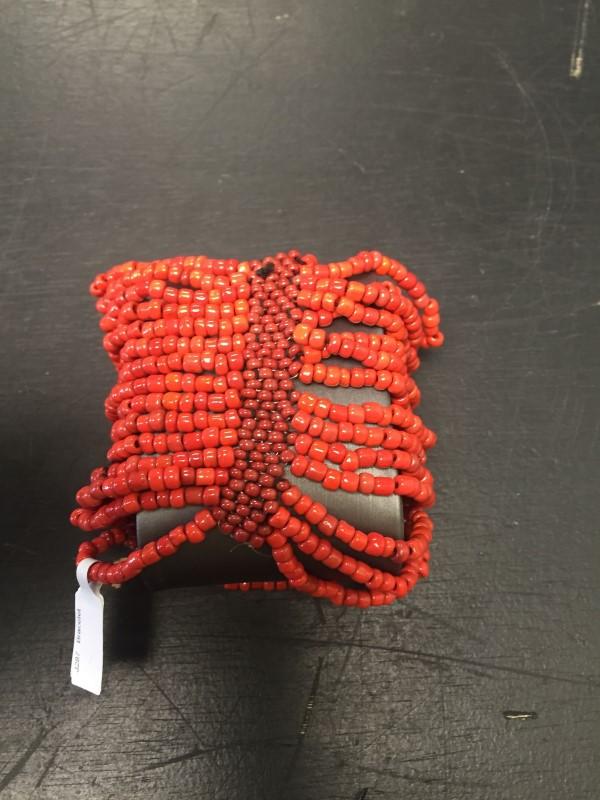 Bracelet coral color