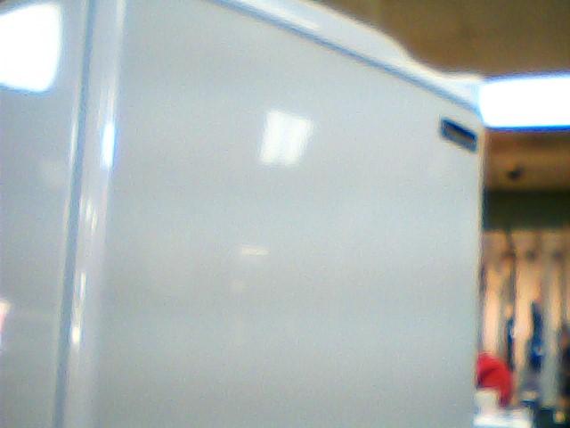 MAGIC CHEF Refrigerator/Freezer HMBR265WE1