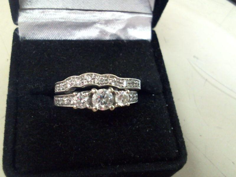 Lady's Diamond Wedding Set 23 Diamonds .95 Carat T.W. 14K White Gold 8.5g