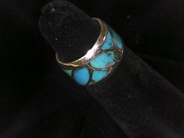 STERLING SILVER RING WITH EMBEDDED TURQUOISE