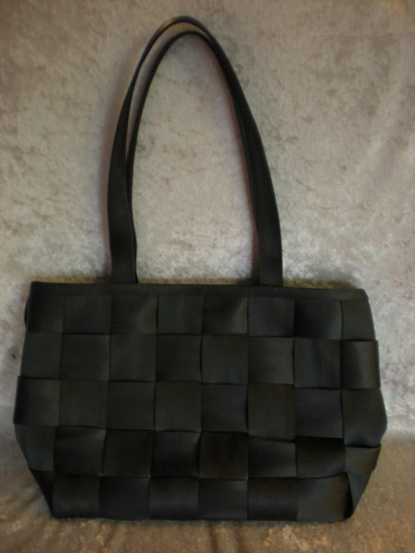 HARVEYS Handbag THE ORIGINAL SEATBELT BAG