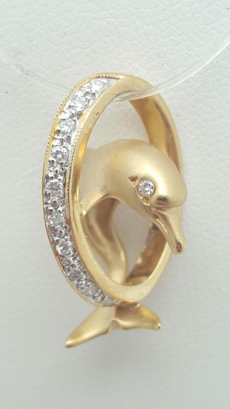 Gold-Multi-Diamond Pendant 12 Diamonds .12 Carat T.W. 14K Yellow Gold 5g