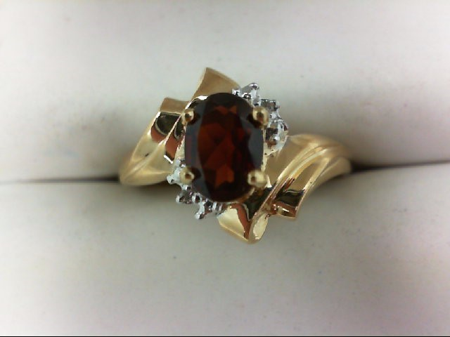 Almandite Garnet Lady's Stone Ring 10K Yellow Gold 1.9g