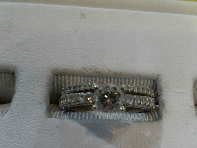 Lady's Diamond Fashion Ring 27 Diamonds .88 Carat T.W. 14K White Gold 4.9g