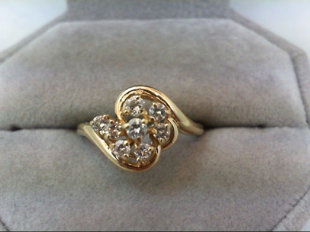 Lady's Diamond Cluster Ring 8 Diamonds 0.42 Carat T.W. 14K Yellow Gold 2.9g
