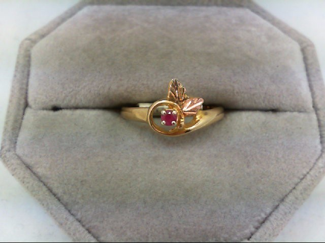 Ruby Lady's Stone Ring 10K Tri-color Gold 2.1g