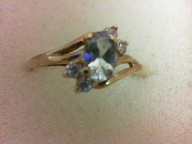 Aquamarine Lady's Stone Ring 10K Yellow Gold 1.1g