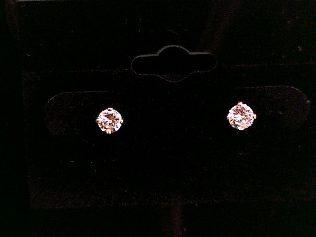 1/2CT GOLD SET DIAMOND TWST