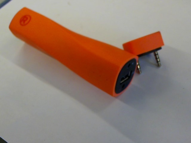 RADIO SHACK Computer Speakers ORANGE POWER BANK WITH SPEAKER