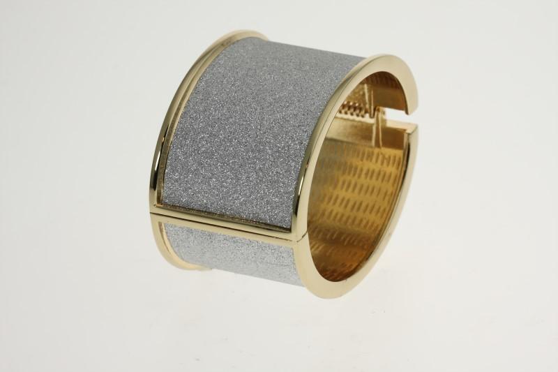 Gold-Diamond & Stone Bracelet