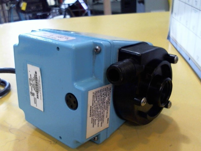 LITTLE GIANT UTILITY PUMP M/4E-34NR S/10J2232067