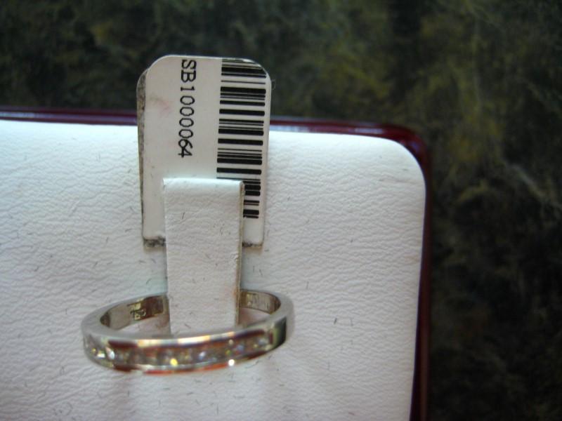 Lady's Gold-Diamond Anniversary Ring 0.01 CT. 18K White Gold 2.4g