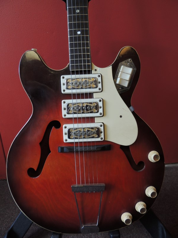 Harmony Rocket H59-1 1968 Hollowbody Electric Guitar