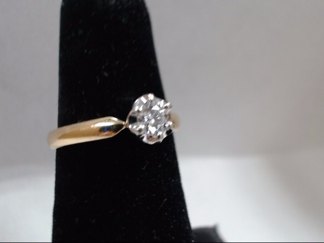 Lady's Diamond Solitaire Ring .25 CT. 14K Yellow Gold 3.2g Size:6