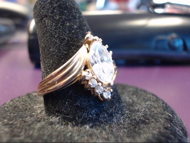 White Stone Lady's Stone Ring 14K Yellow Gold 4.3g