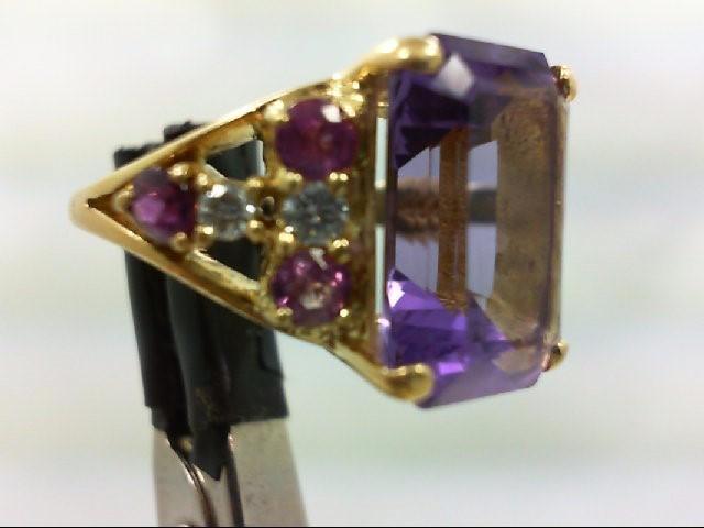 Amethyst Lady's Stone & Diamond Ring 4 Diamonds 0.2 Carat T.W. 18K Yellow Gold 1