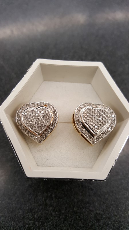 Gold-Diamond Earrings 150 Diamonds 1.50 Carat T.W. 10K Yellow Gold 4.4g