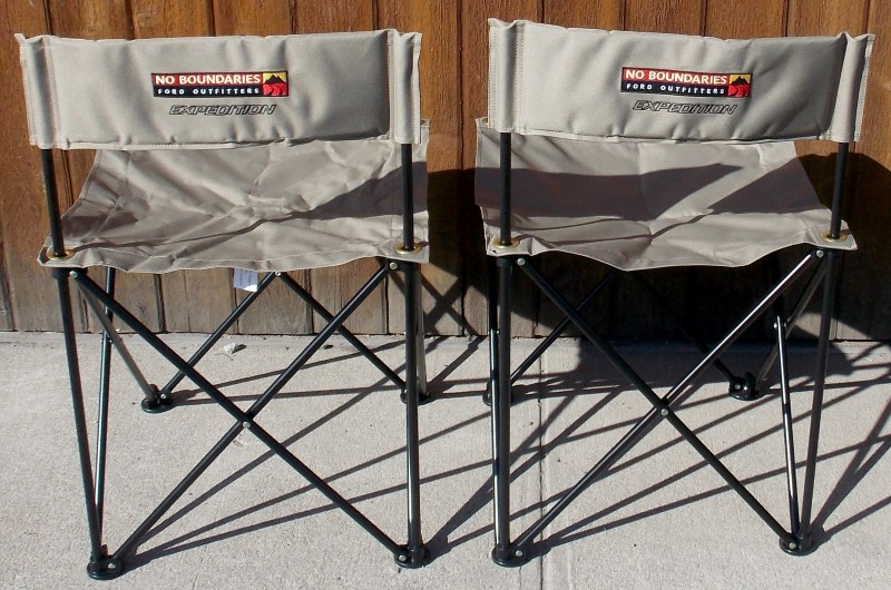 2 FORD NO BOUNDARIES FOLDING COLLAPSING TAN OUTDOOR CAMPING CAR SHOW CHAIRS, BAG