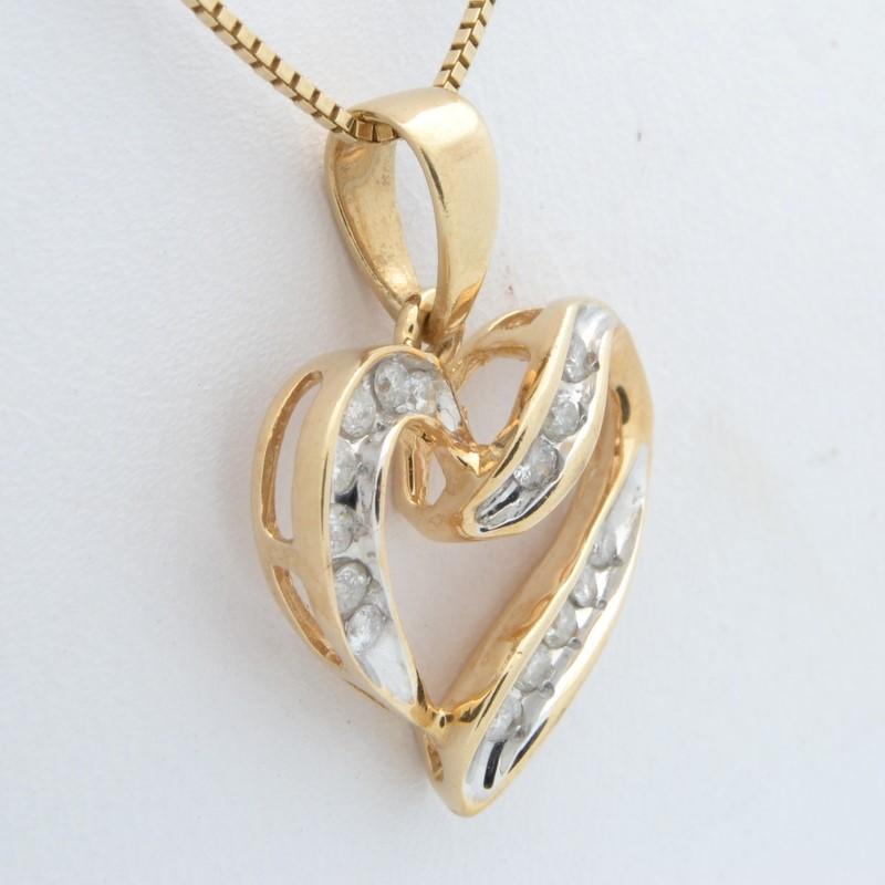 NATURAL DIAMOND 0.15tcw HEART LOVE PENDANT CHARM REAL 10K GOLD 2g