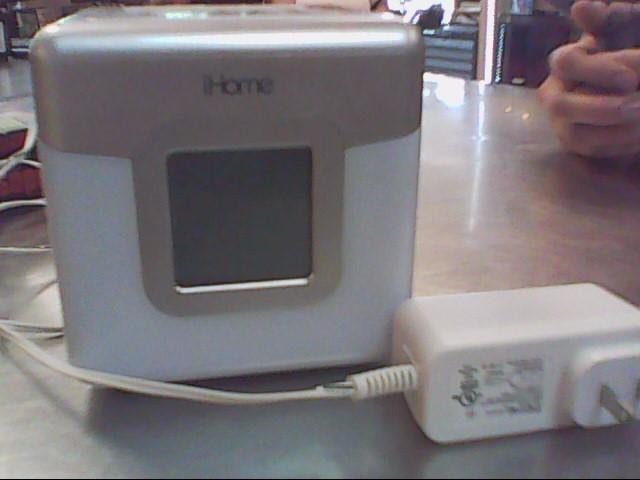 IHOME IPOD/MP3 Accessory IP18