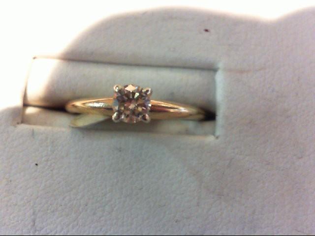Lady's Diamond Engagement Ring .25 CT. 14K Yellow Gold 1.7g