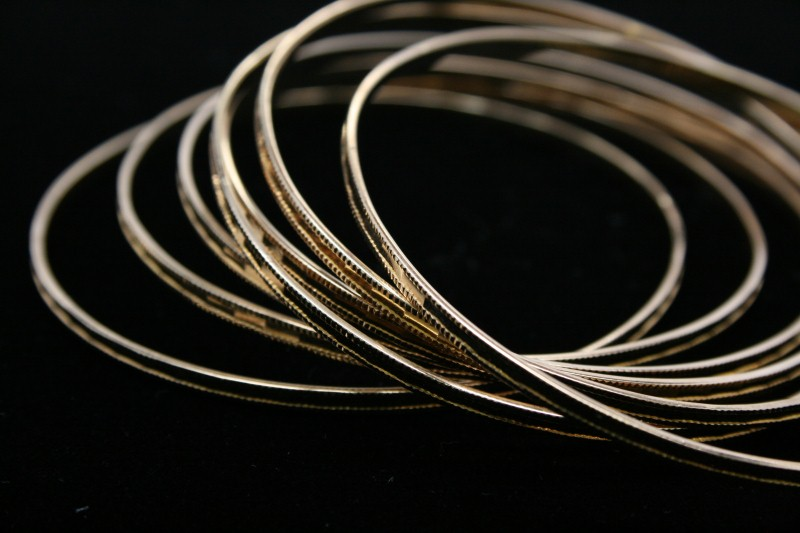 7 BANGLE SET 18K YELLOW GOLD