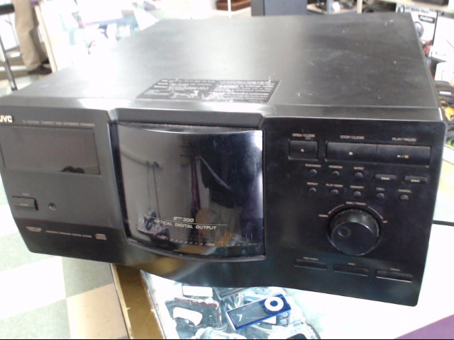 JVC CD PLAYER/CHANGER XL-MC2000