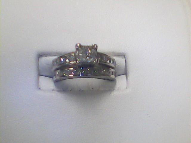 Lady's Diamond Wedding Set 28 Diamonds 1.00 Carat T.W. 14K White Gold 4.4dwt
