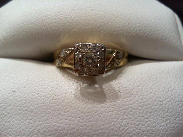Lady's Diamond Cluster Ring 13 Diamonds .20 Carat T.W. 14K Yellow Gold 3.2g