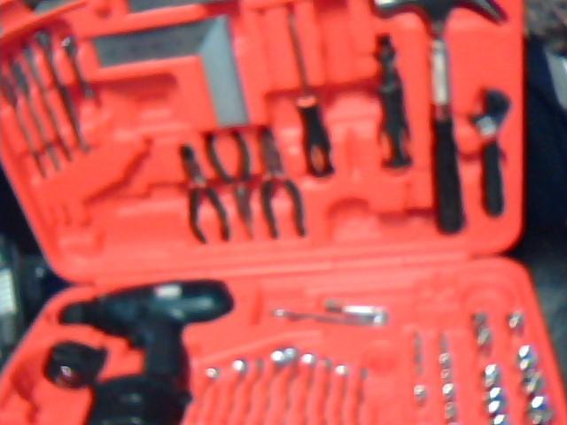 BLACK & DECKER Combination Tool Set 133PC TOOL SET